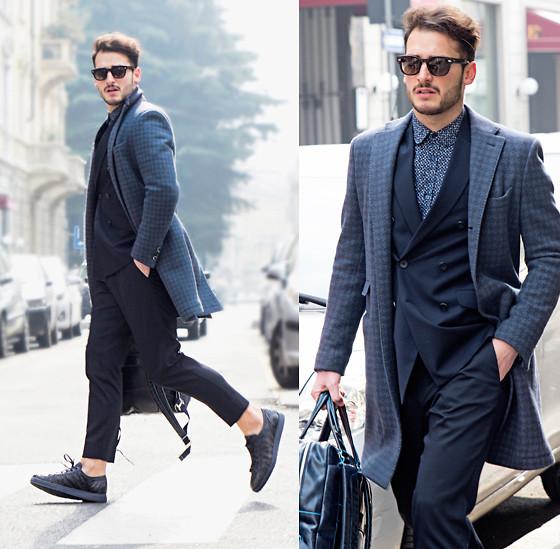 超クールなスーツスタイルにスニーカーを合わせたはずし感が絶妙。堅すぎないドレッシーなスタイルがいいですね。 ロサンゼルス