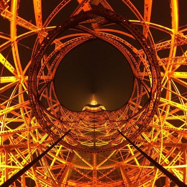 東京タワーを色んな角度から見たステキな写真いろいろ